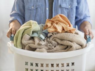Как правильно ухаживать за одеялом и подушками